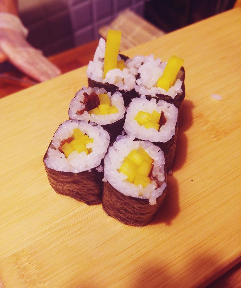 Uramaki - tykwa i grzyby shitake